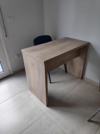 tavolina-per-zyre-ose-per-qender-kursesh-me-dru-italian-big-1