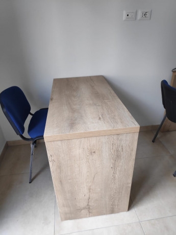 tavolina-per-zyre-ose-per-qender-kursesh-me-dru-italian-big-3