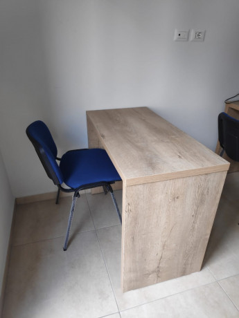 tavolina-per-zyre-ose-per-qender-kursesh-me-dru-italian-big-2