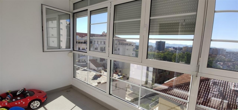 shitet-apartament-212-ballkone-sip120m2-big-1