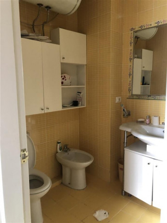okazion-shitet-apartment-21-154-m2-ne-bllok-220000eur-big-2