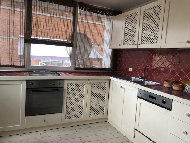 okazion-shitet-apartment-21-154-m2-ne-bllok-220000eur-big-1