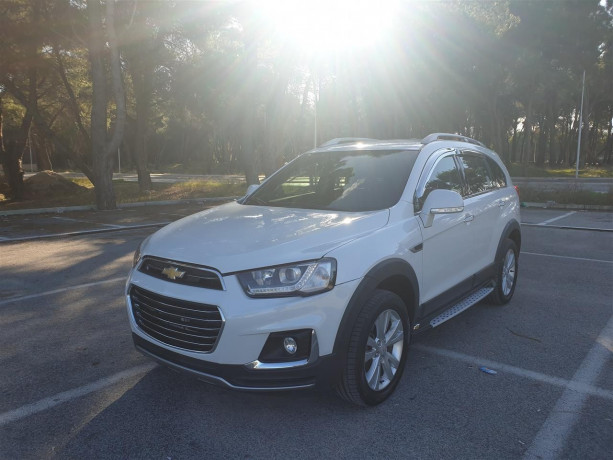 super-okazion-chevrolet-captiva-lt-nafte-2017-big-0